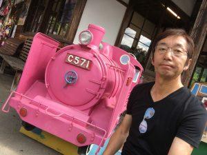 若桜駅のピンクのSL!