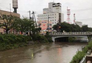 袋川、若桜橋