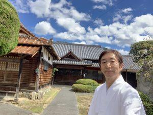 夏の空の蓮教寺