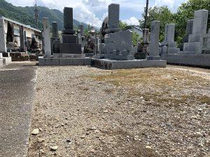 綺麗になった境内墓地